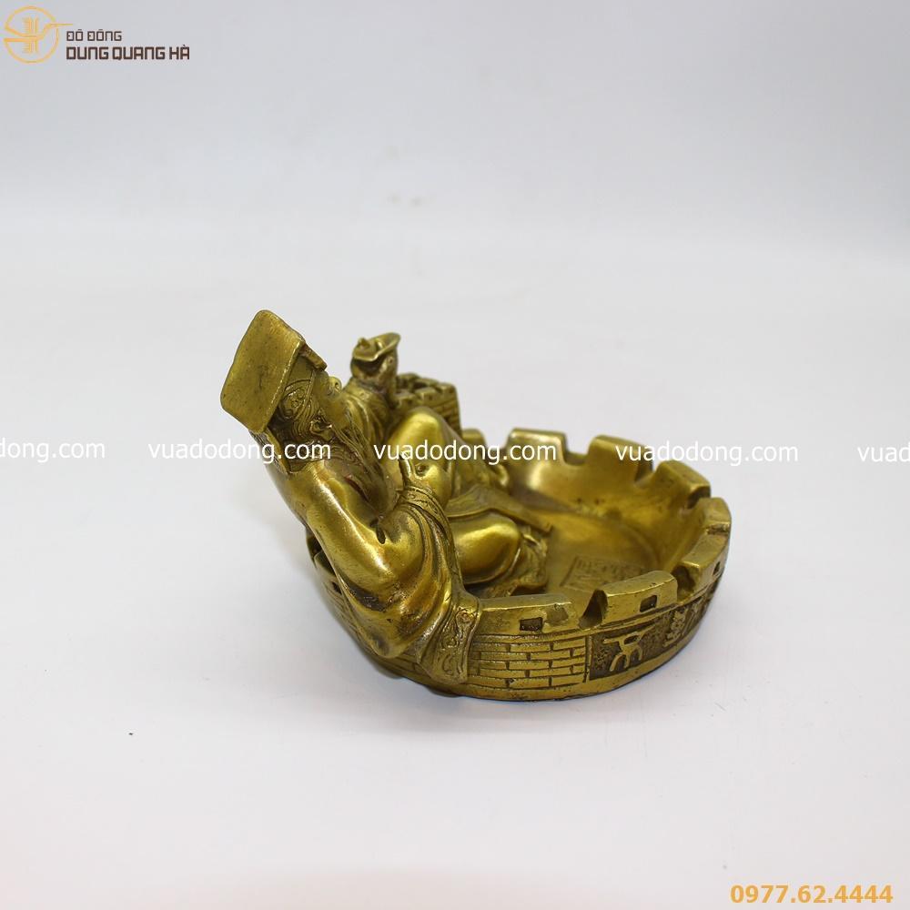 Mau-gat-tan-Tan-Thuy-Hoang-2