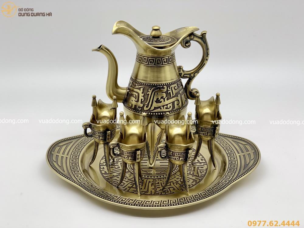 Bộ ấm trà Tần Thủy Hoàng độc đáo