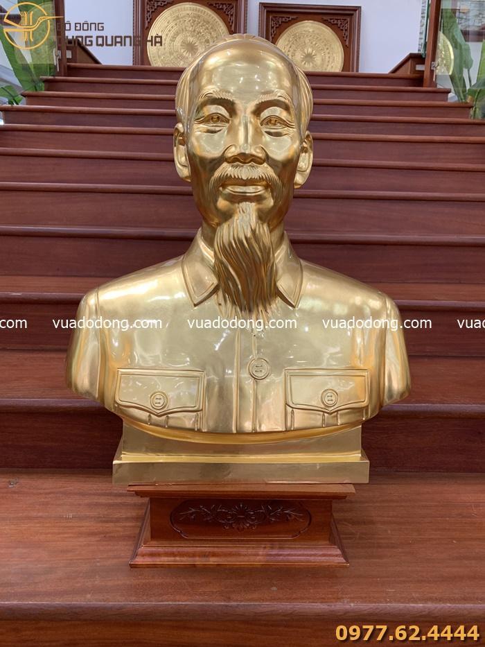 Tượng chân dung Bác Hồ dát vàng 9999