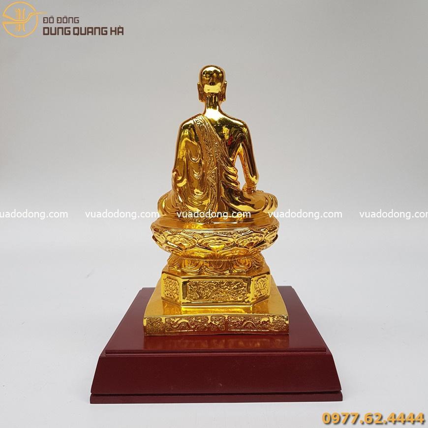 Tượng đồng phật hoàng Trần Nhân Tông mạ vàng