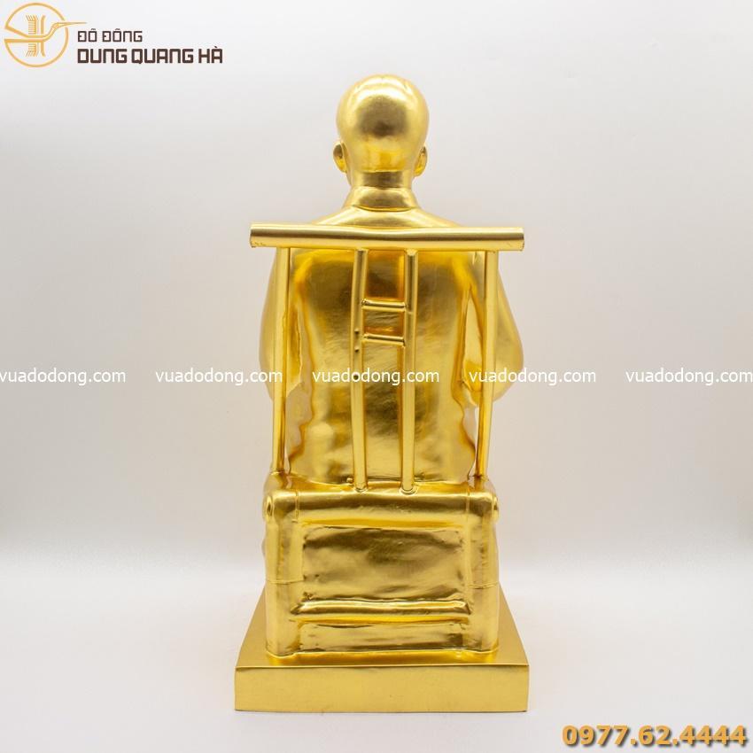 Tượng Bác Hồ dát vàng 9999