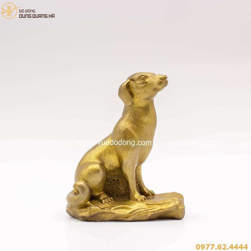 Tượng chó bằng đồng