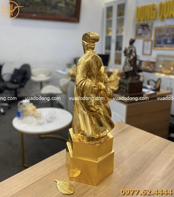 Tượng Khổng Minh bằng đồng dát vàng 9999