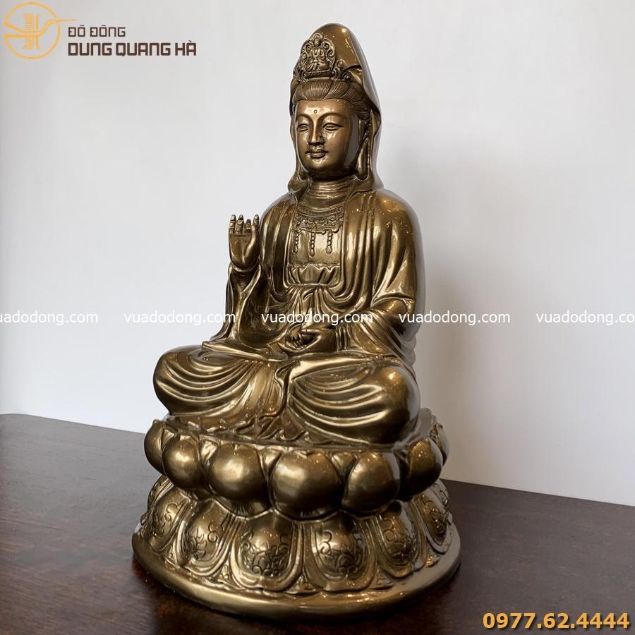 Tượng Phật Quan Âm bằng đồng đỏ