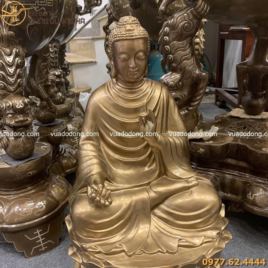 Tượng Phật Thích Ca đồng đỏ phủ bóng
