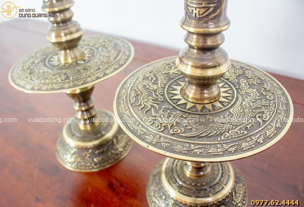 Chân nến thờ hai màu bằng đồng vàng