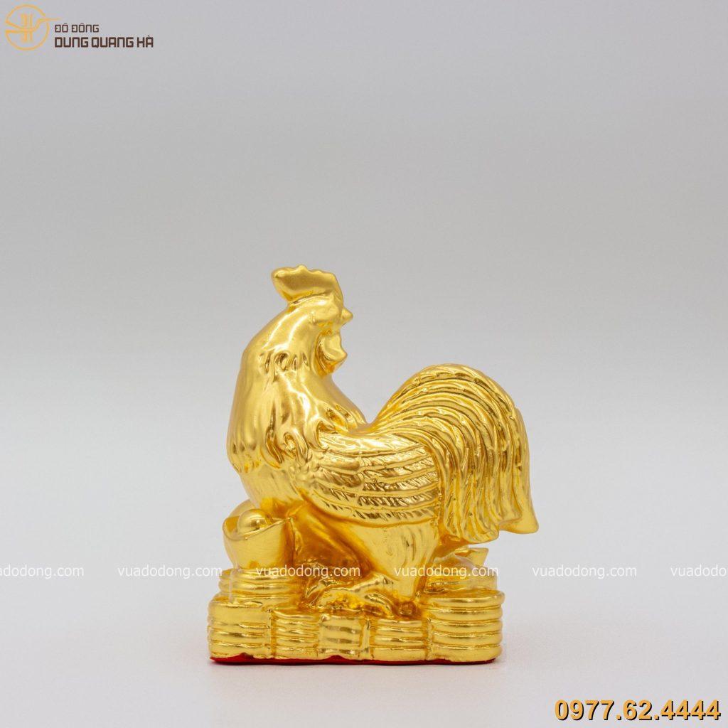 Tượng gà bên ngọc như ý dát vàng 9999