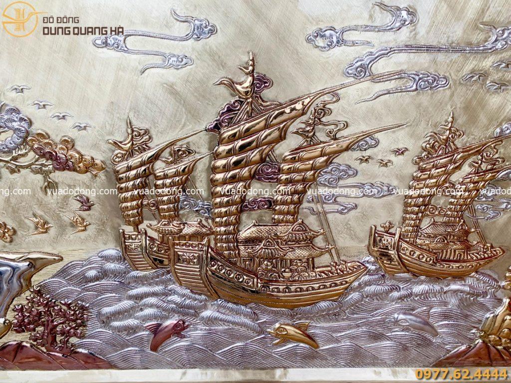 Tranh Thuận buồm xuôi gió có bố cục hài hòa