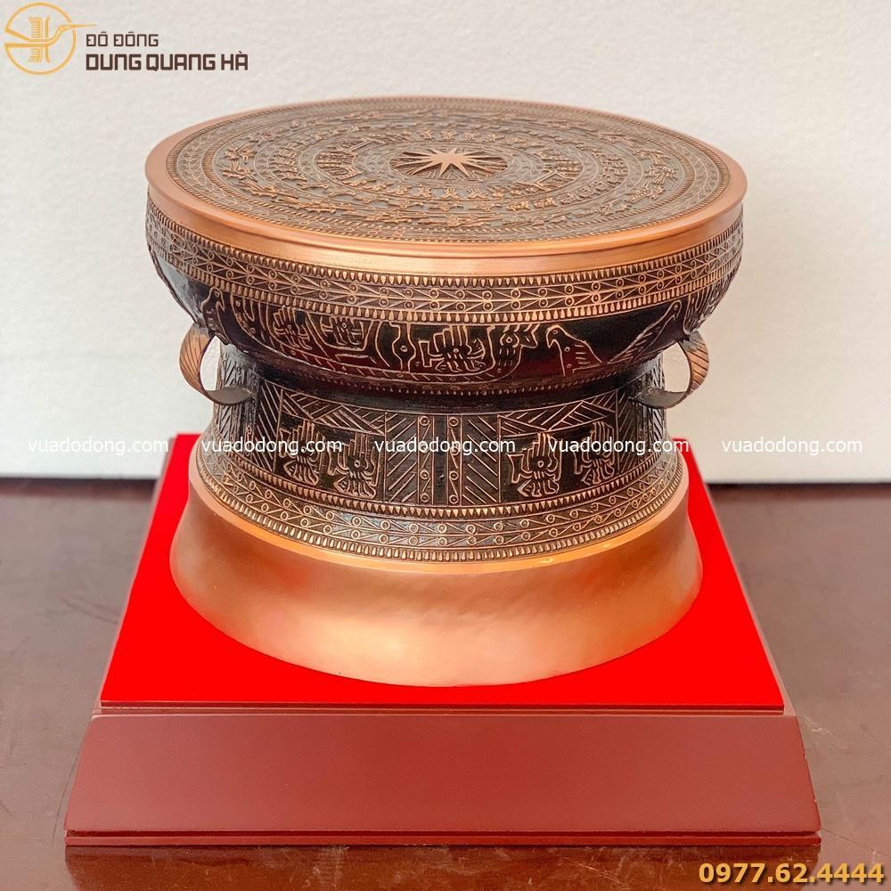 Trống đồng lưu niệm đồng đỏ kèm đế gỗ sang trọng