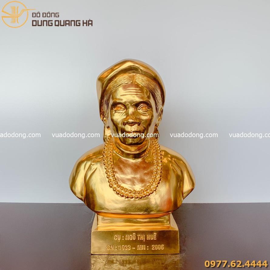 Các mẫu tượng chân dung được thếp vàng 9999