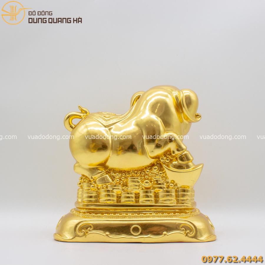 Tượng heo đứng trên tài lộc dát vàng 9999