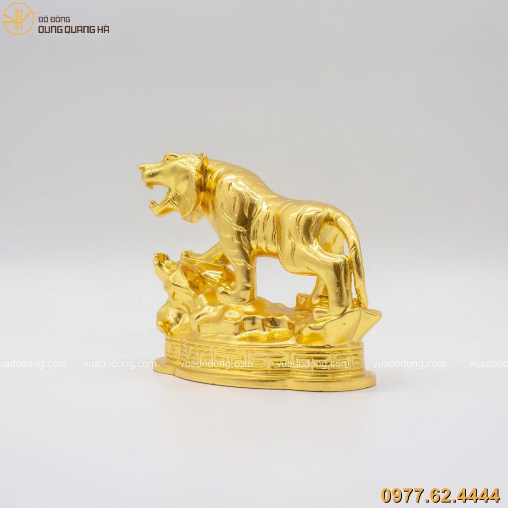 tượng hổ đồng trang trí dát vàng có thiết kế tinh xảo