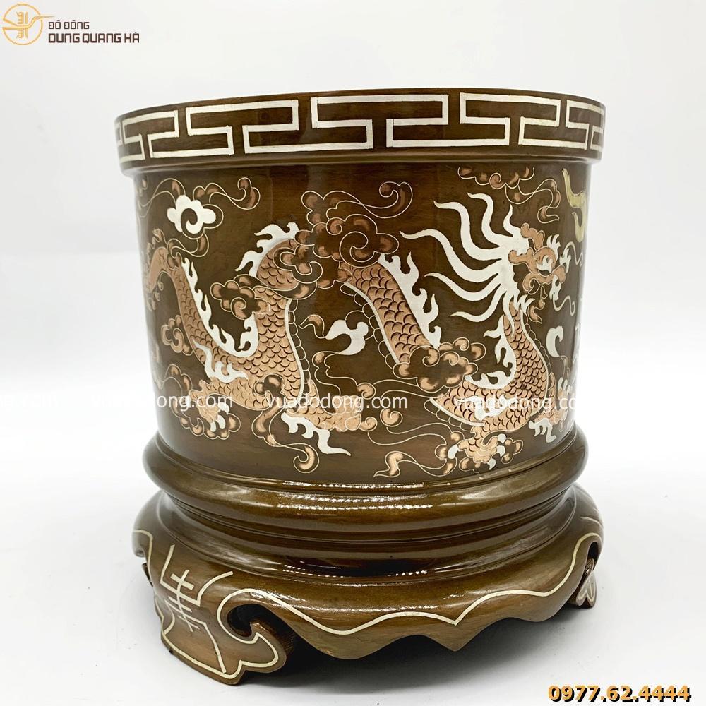 Bát hương song long chầu nguyệt với họa tiết đặc sắc