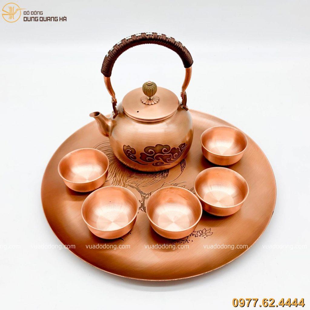 Bộ ấm chén uống trà cao cấp và sang trọng