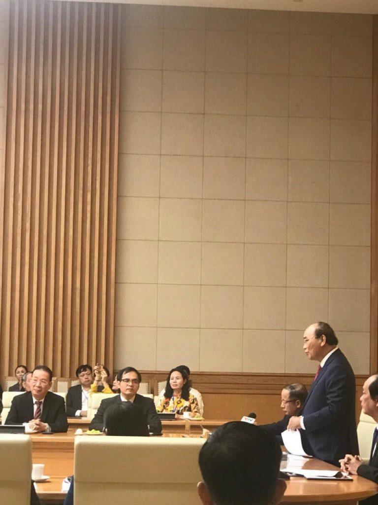 Thủ tướng Nguyễn Xuân Phúc phát biểu tại buổi họp