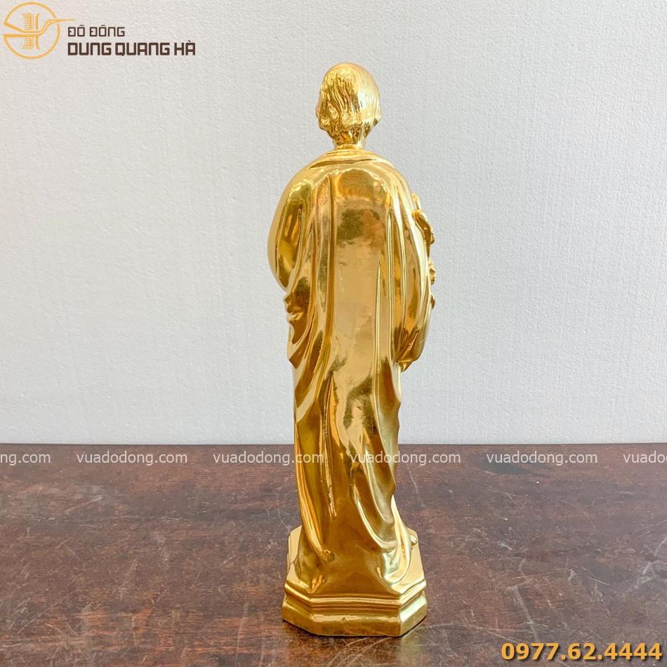 Tượng chúa dát vàng với thiết kế sang trọng và đẳng cấp