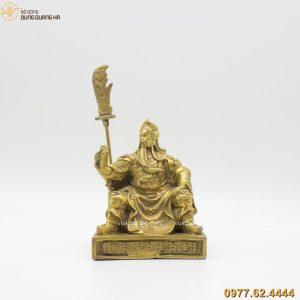 Tượng Quan Vân Trường ngồi đọc sách bằng đồng vàng (6)