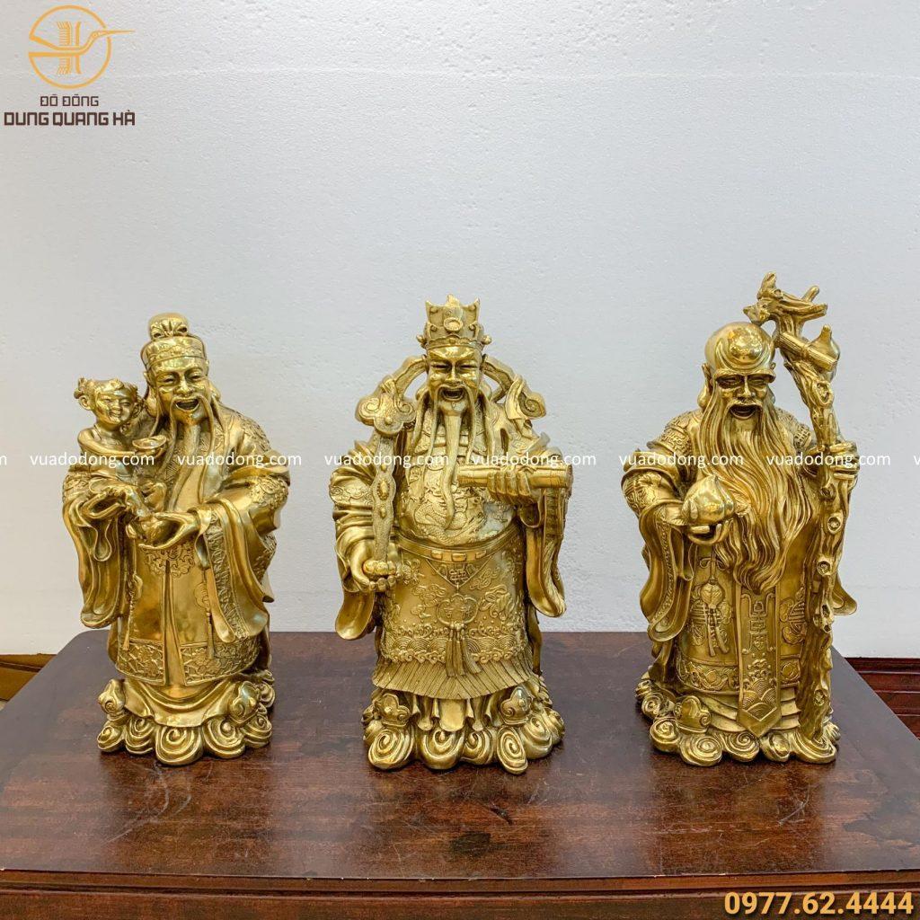 Bộ tượng Tam Đa đồng vàng mộc đặc sắc