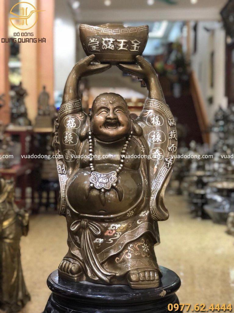 Tượng Phật Di Lặc độc đáo
