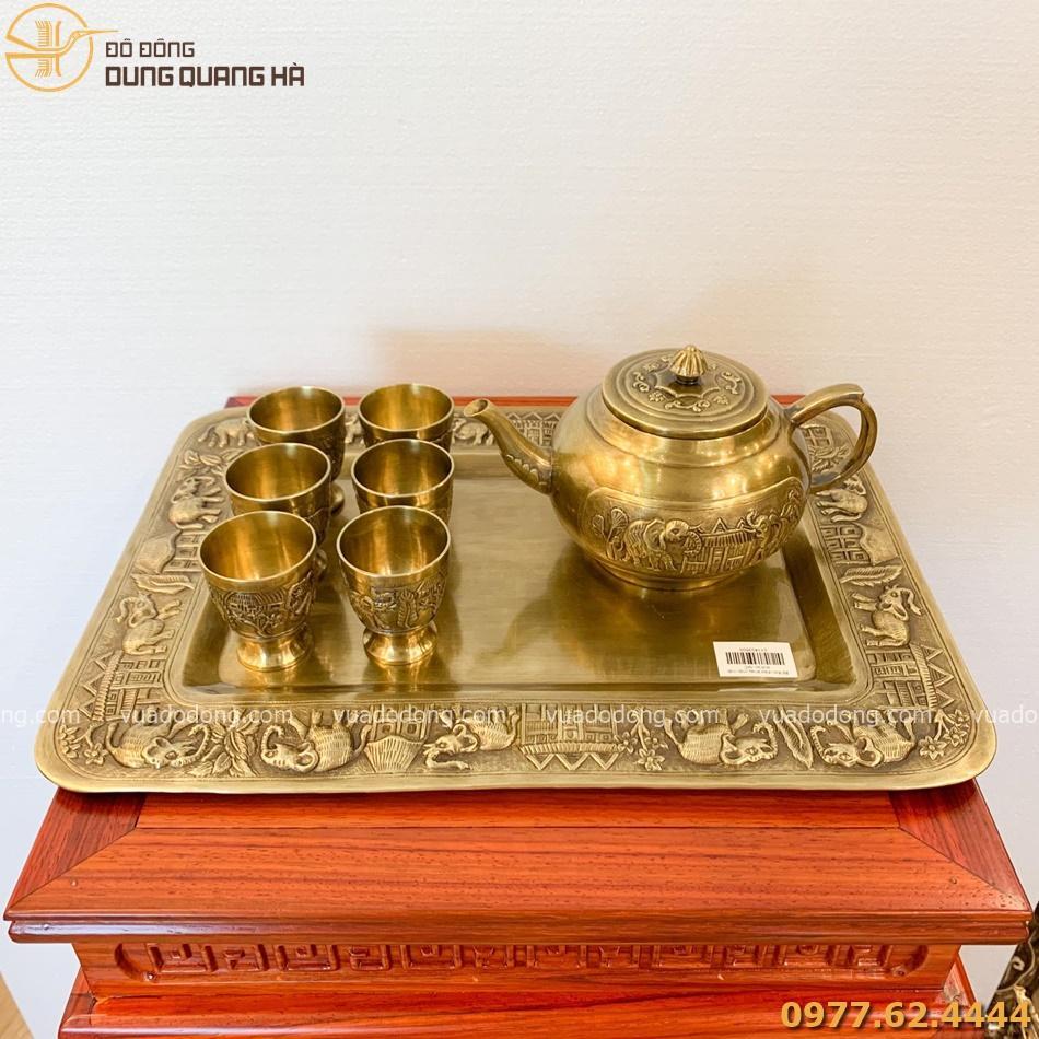 Bộ ấm chén khay chữ nhật bằng đồng vàng vô cùng độc đáo