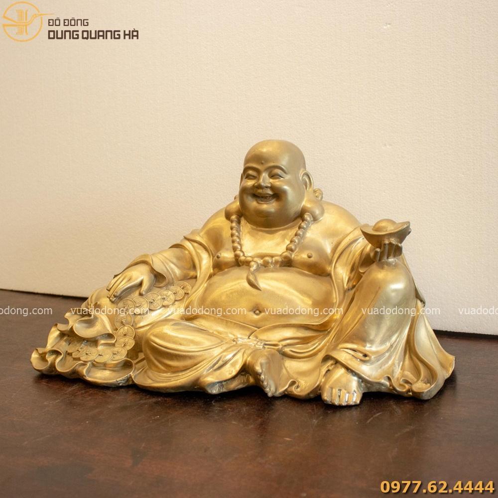Tượng Phật Di Lặc có mang sắc thái trang nhã