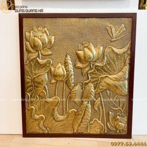 tranh hoa sen giả cổ khung nhựa 190cm (1)