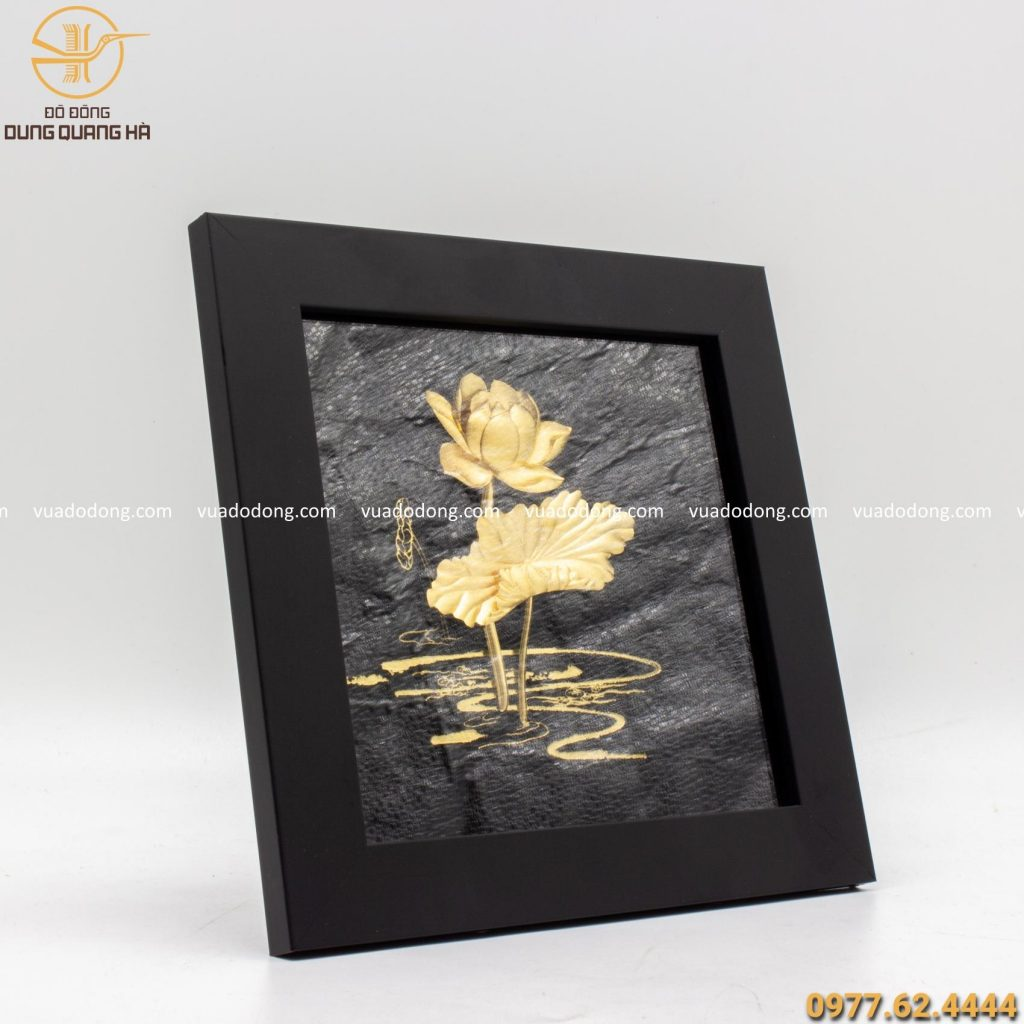 Tranh hoa sen lưu niệm mạ vàng sang trọng