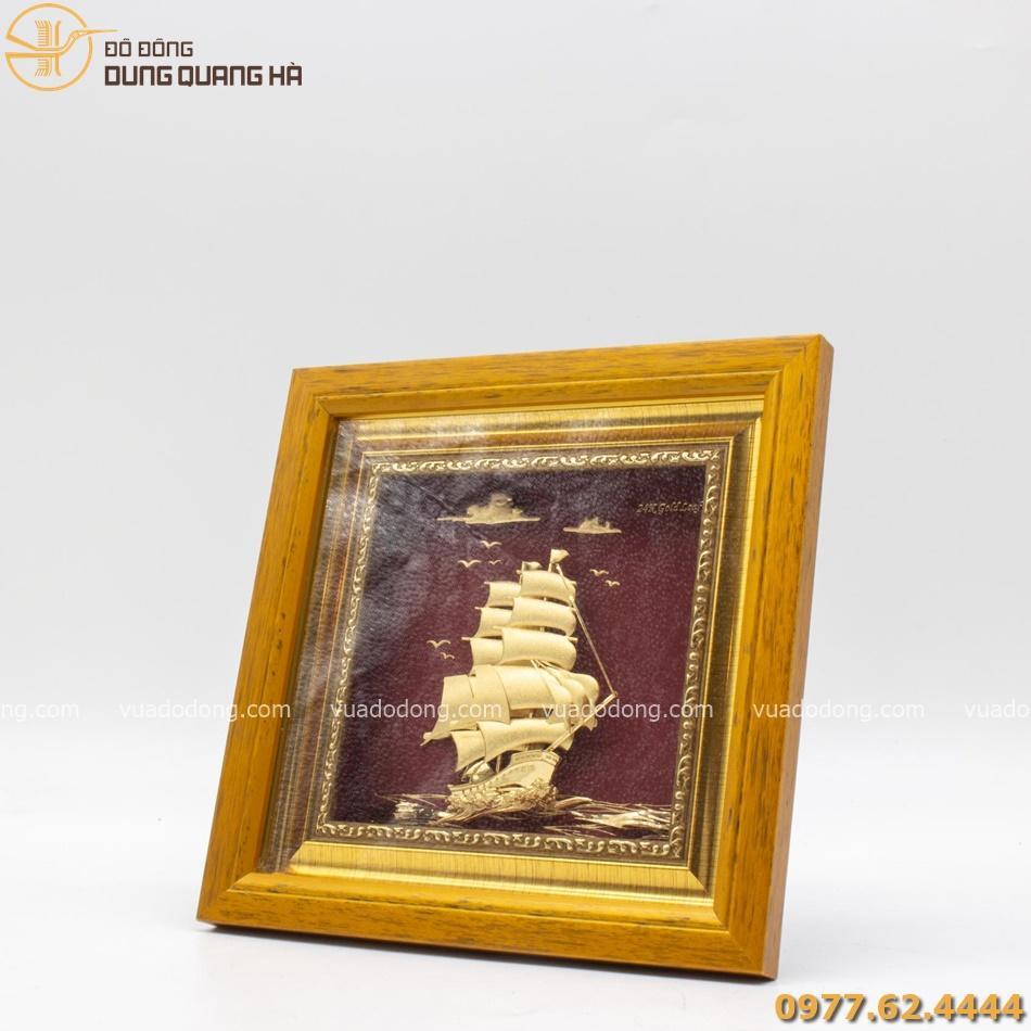 Tranh thuyền buồm lưu niệm mạ vàng 20cm