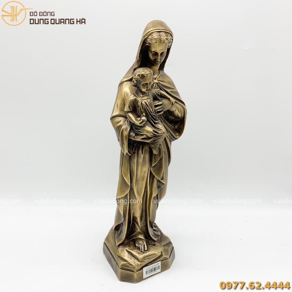 Tượng Đức Mẹ Maria bằng đồng vàng có thiết kế tinh tế