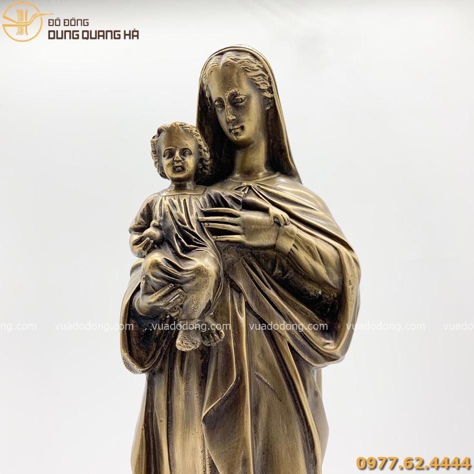 Tượng Đức Mẹ Maria bằng đồng vàng với tạo hình đẹp mắt