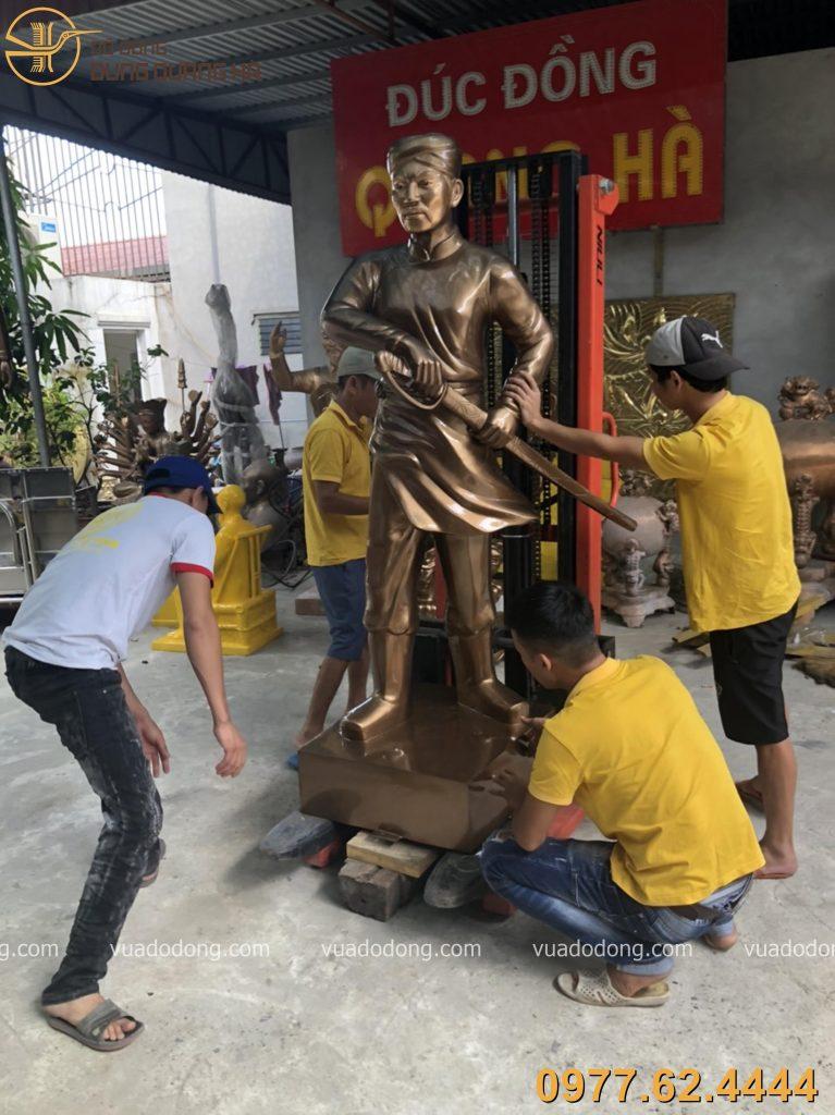 Tượng Nguyễn Trung Trực với tạo hình chân thực