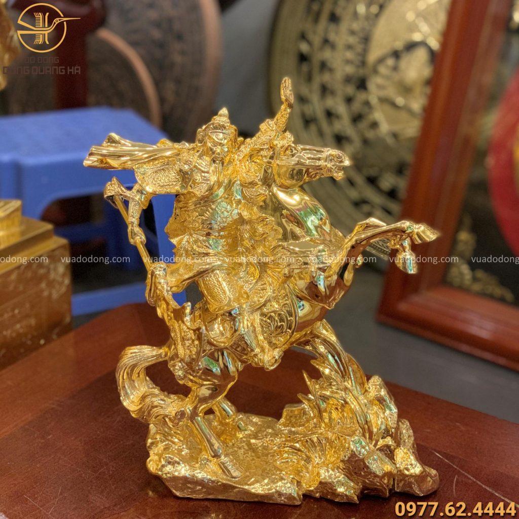 Tượng Quan Vân Trường cưỡi ngựa độc đáo