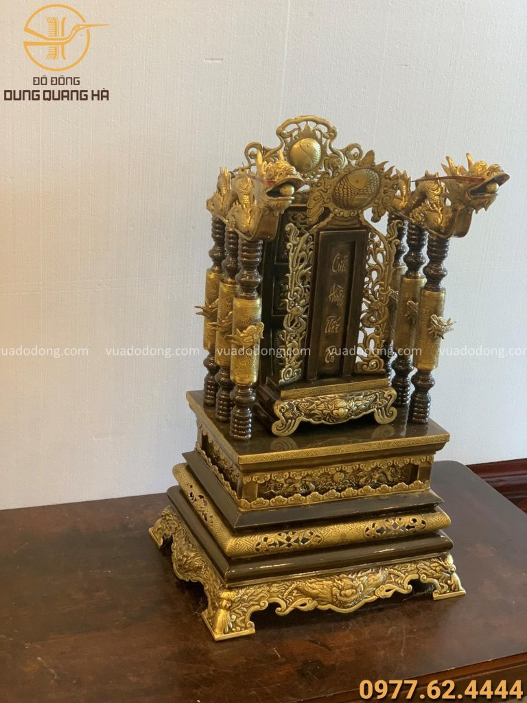 Ngai thờ 68cm đồng vàng hun giả cổ và bài vị cửu huyền thất tổ