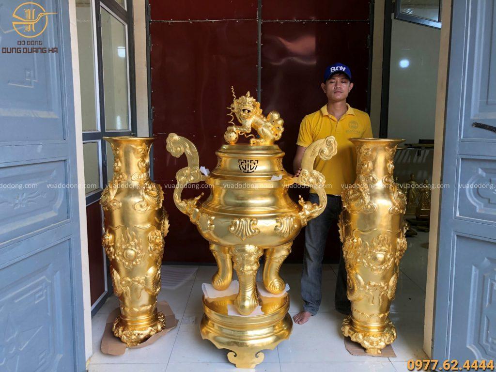Đỉnh đồng cao 1m4 thếp vàng 9999 - Lọ lộc bình song long chầu nguyệt cao 1m27 thếp vàng 9999