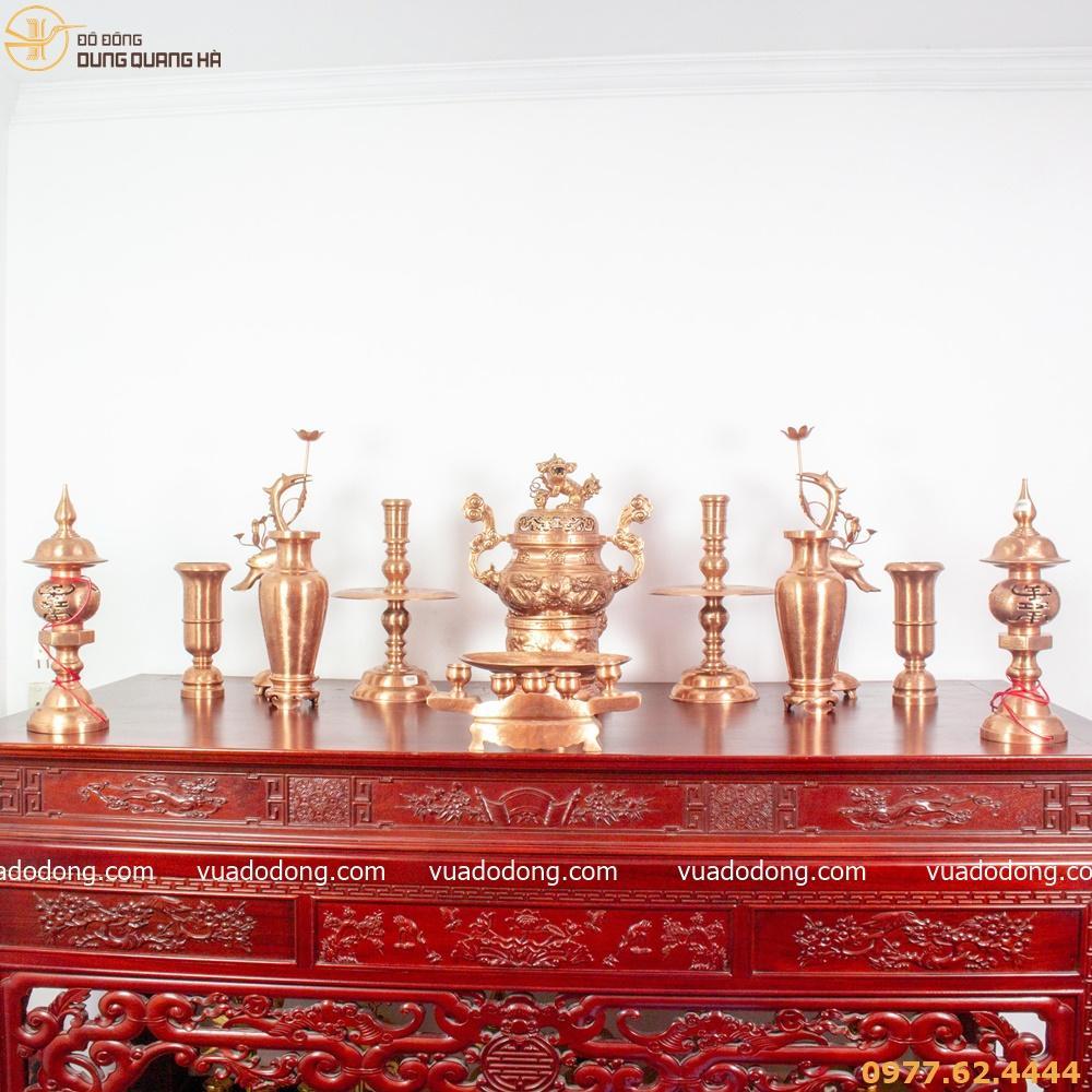 Bộ đồ thờ đầy đủ phụ kiện bằng đồng đỏ mộc cao cấp