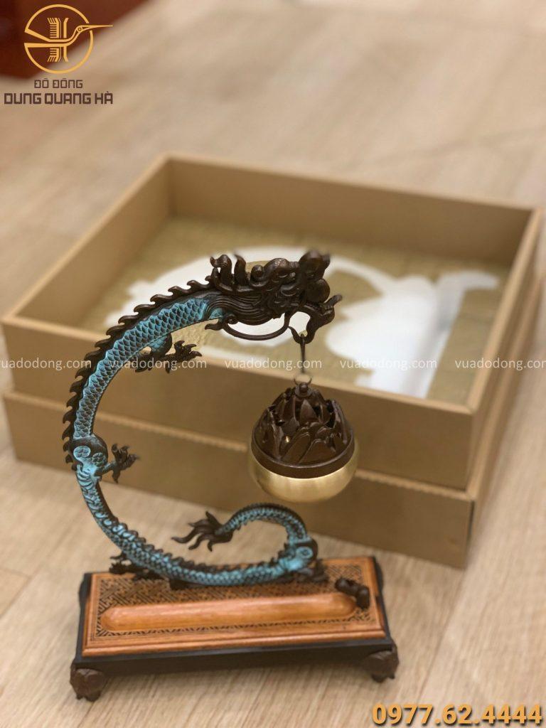 Trầm treo rồng 30 x 20cm đồng vàng hun giả cổ