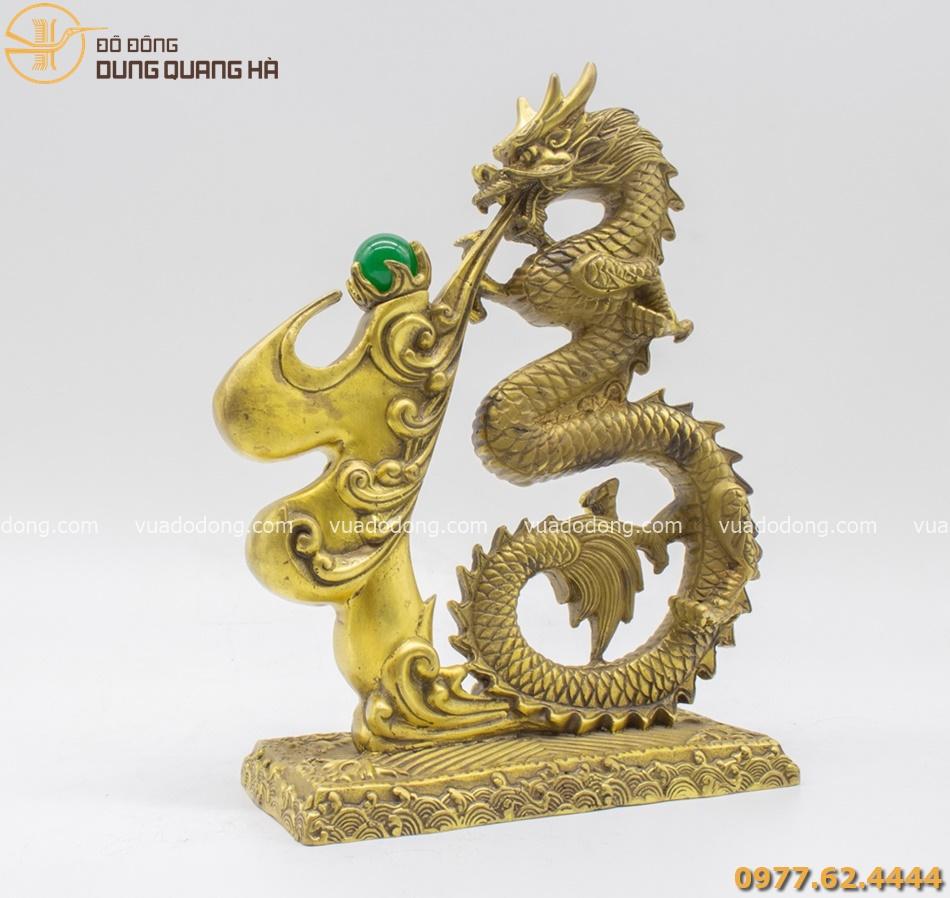 Tượng chữ Phúc hóa Rồng bằng đồng vàng mộc