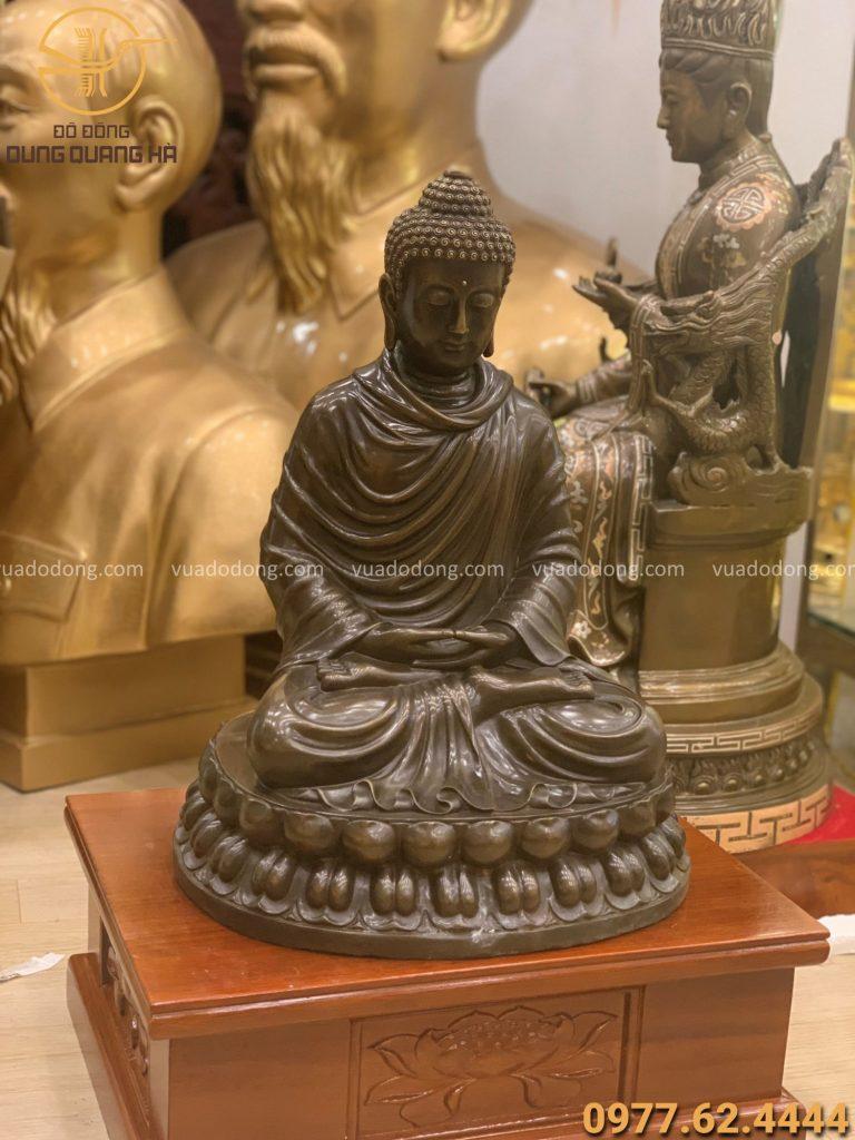 Tượng Phật Thích Ca bằng đồng vàng hun giả cổ cao 48cm
