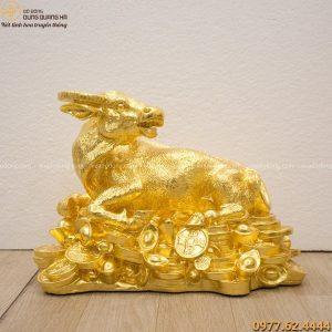 Tượng trâu mạ vàng 24k - Linh vật tài lộc cho năm Tân Sửu