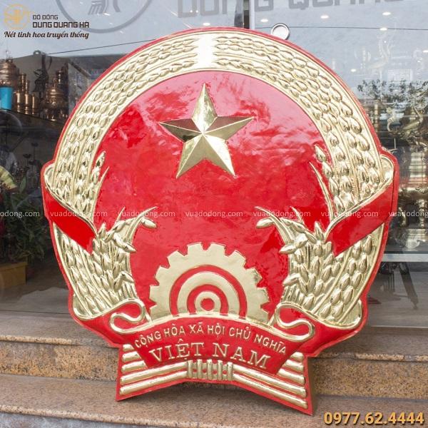 Biểu tượng Quốc Huy Việt Nam bằng đồng vàng đẹp cao quý