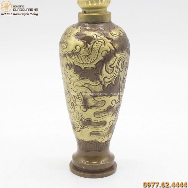 Đèn dầu bằng đồng vàng chạm hoa văn rồng phượng cao 20cm