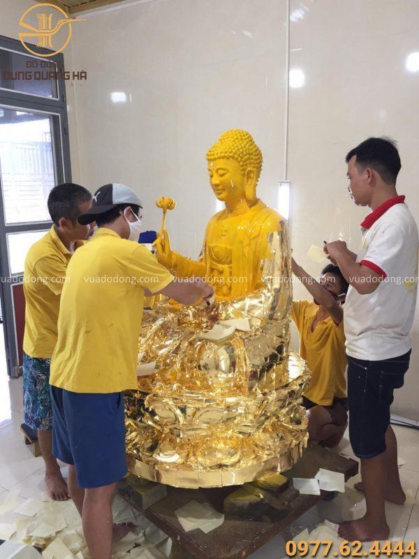 Dát vàng 9999 tượng phật A Di Đà tại xưởng