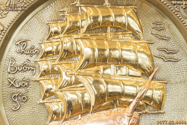 Mâm tranh đồng Thuận Buồm Xuôi Gió giả cổ đường kính 52cm