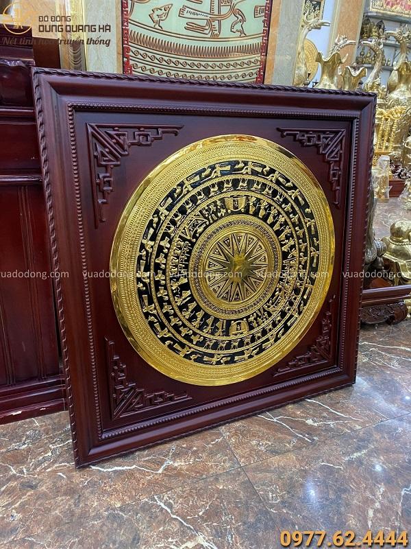 Mặt trống đồng phong thủy 80cm mạ vàng 24k khung gỗ gụ 1m08