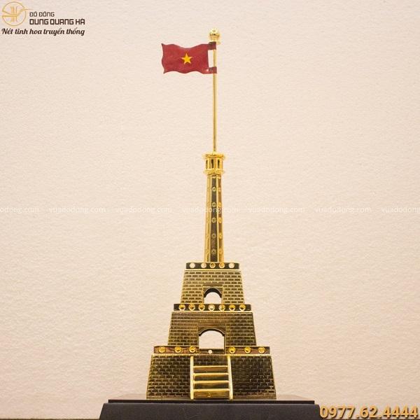 Quà lưu niệm cột cờ Hà Nội để bàn làm việc bằng đồng mạ vàng