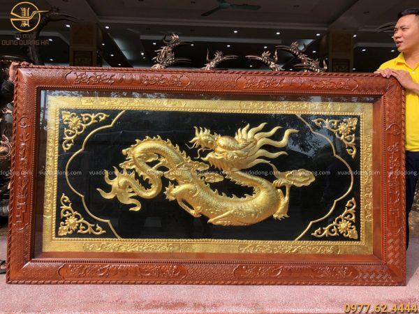 Tranh đồng chữ Tâm hóa rồng thếp vàng 9999