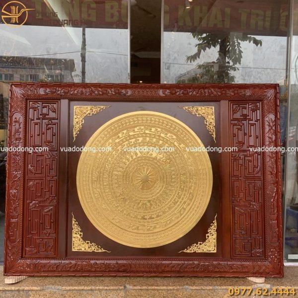 Tranh mặt trống đồng khung gỗ chữ nhật dát vàng 9999