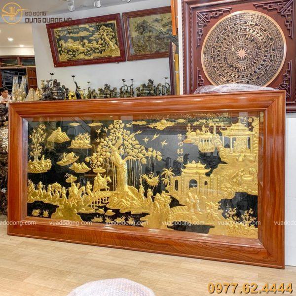 Tranh vinh quy bái tổ bằng đồng dát vàng 9999 kích thước 2m3