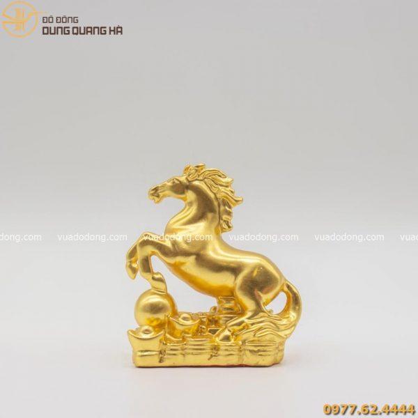 Tượng ngựa đạp ngọc như ý dát vàng 9999