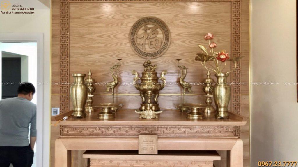 Bộ đồ thờ bằng đồng cattut